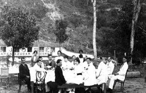 Reunión de los hermanos Caballero en las fábricas de San José hacia 1910. Fotografía: Archivo del Museo del Algodón y Fábricas de San José de Suaita